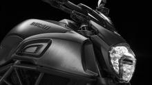 Diavel-MY18-Dark-04-Slider-Gallery-1920X1080