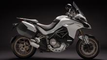 Multistrada-1260-MY18-White-24-Slider-Gallery-1920x1080
