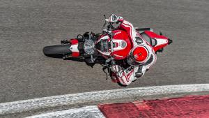 Monster-1200R-MY18-Red-01-Slider-Gallery-1920x1080