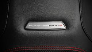 Monster-1200R-MY18-Red-25-Slider-Gallery-1920x1080