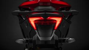 Multistrada-1260-Enduro-MY19-11-Studio-Gallery-1920x1080