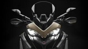 Multistrada-1260-Enduro-MY19-16-Studio-Gallery-906x510