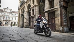 Multistrada-950-MY18-White-08-Slider-Gallery-1920x1080