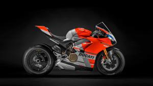 Panigale-V4S-Corse-MY19-02-Gallery-1920x1080