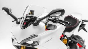Supersport-S-MY18-White-53-Slider-Gallery-1920x1080