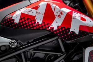 Ducati_Hypermotard_Concept_08_UC74518_High