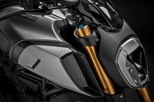 42_DUCATI-DIAVEL-1260-S_UC68928_High